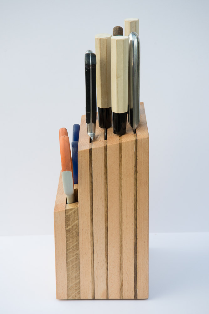 knife block by Jonathan Avery